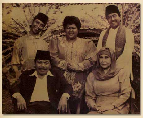 Betawi People, A Big Salad Bowl – Visit Indonesia – The
