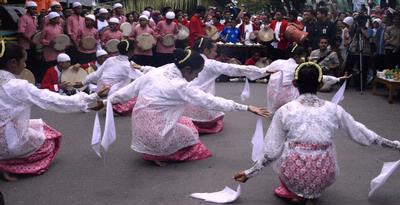 Lenso Dance, The Dance Of Celebration