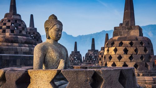 Welcome to The Gorgeous and Amazing World's Biggest Buddhist Temple of Borobudur
