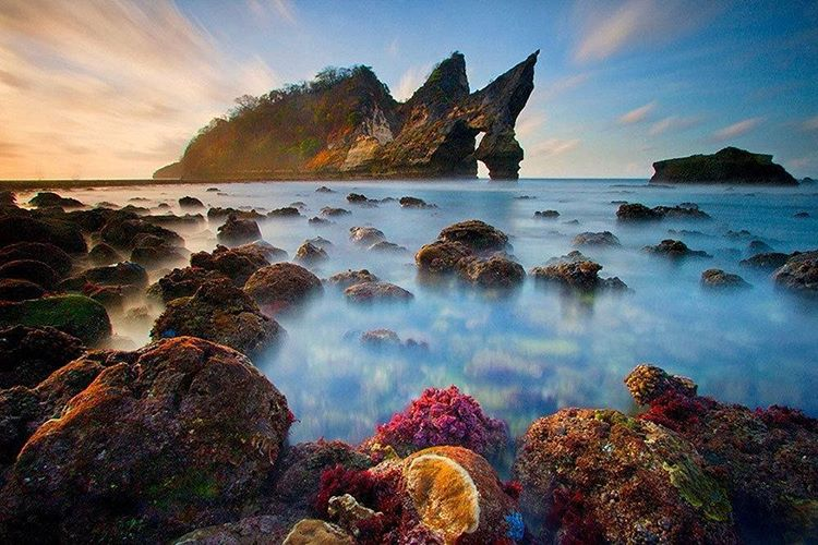 Atuh Beach, Feeling On the Private Beach in Nusa Penida