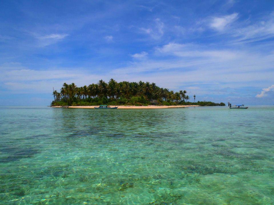 Hypnotized the Beauty of Underwater, Tomia Island