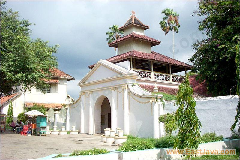 Keraton Sumenep - Sumenep Royal Palace: Built In 1762