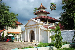 Museum And Keraton Sumenep Keep A Lot Of Inheritance Of Sumenep With Europe Style Of Gateway