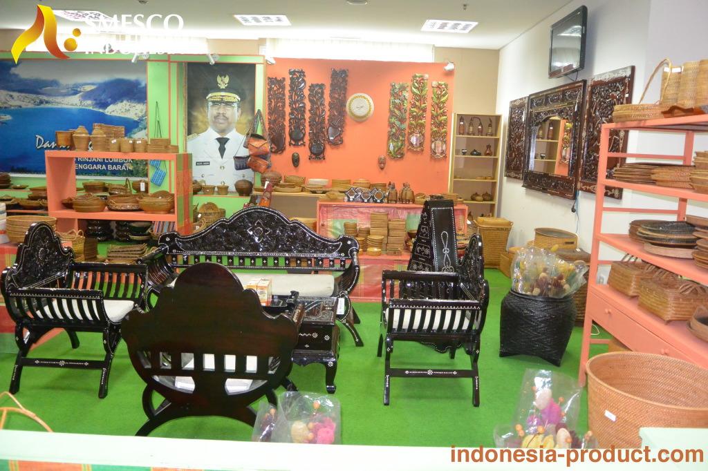 Photo Gallery Jakarta Souvenir Center Pacitan