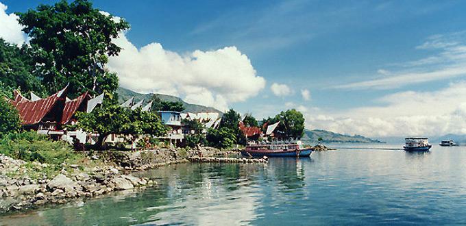 medan-lake-toba