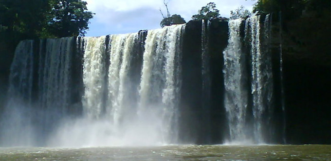 melanggar-waterfall-west-kalimantan