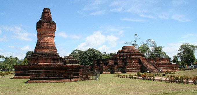 muara-takus-temple-riau