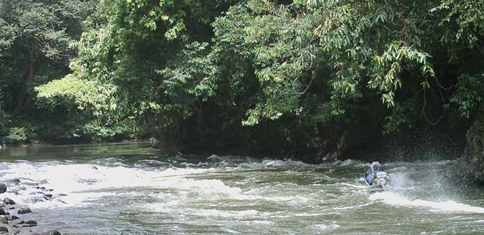 Kayan-River-Adventure
