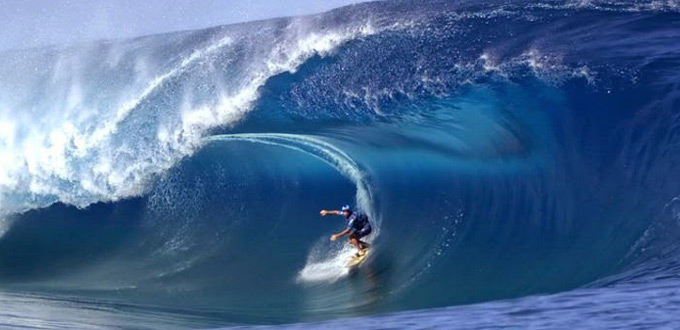 Surfing-at-Tanjung-Setia-lampung