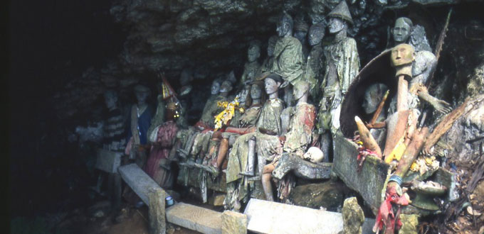 londa-tana-toraja-sulawesi-selatan