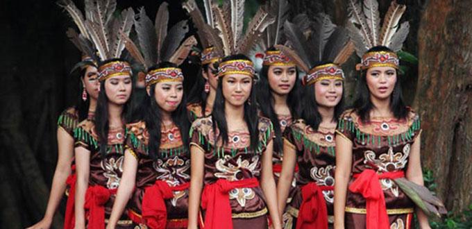 Dayak-Culture-Dance-Kallimantan-Timur