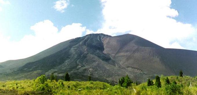 Mount-Soputan-North-Sulawesi
