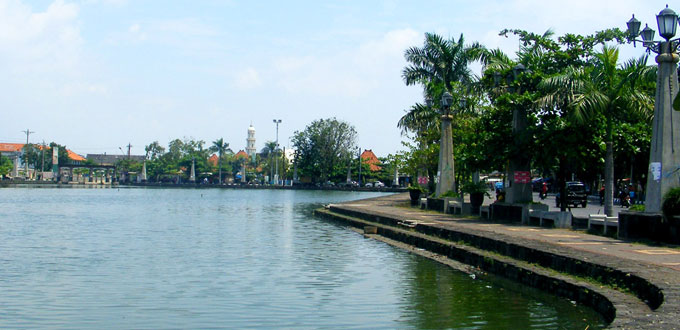 Polder-Tawang-Semarang
