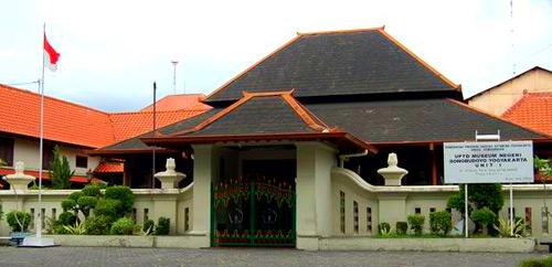 Gelman Taylor | Indonesia | Java